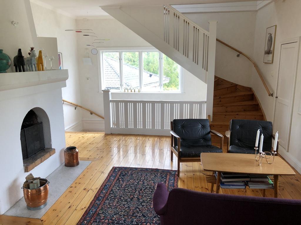 second living rom second floor
