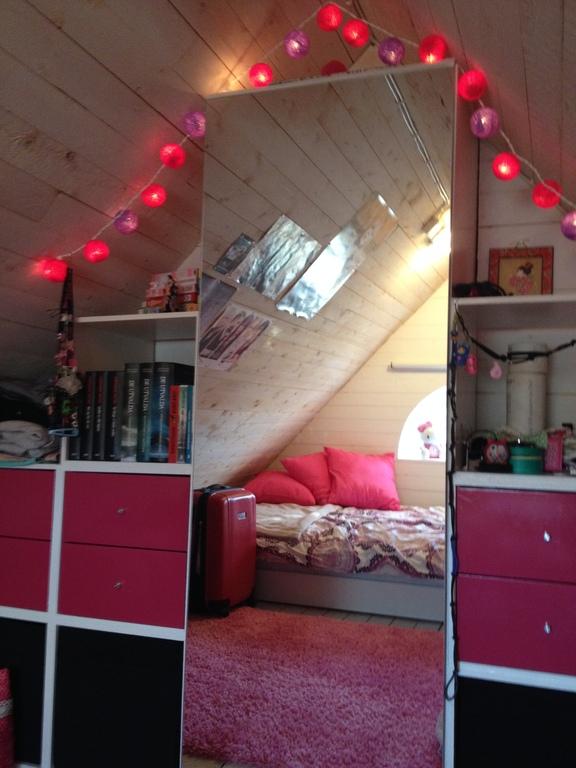 Saga's room