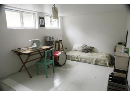 Teenage room , basement