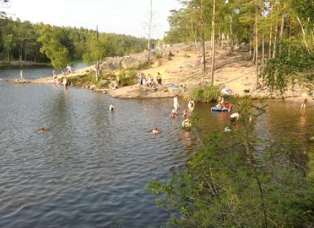 Nice lake, Gömmaren. 5 min by car or 10 min cycling