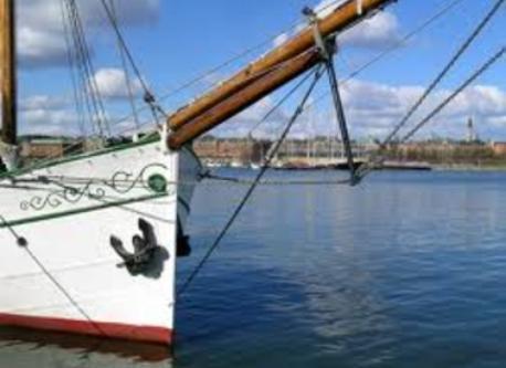 Skeppsholmen 15 min walk