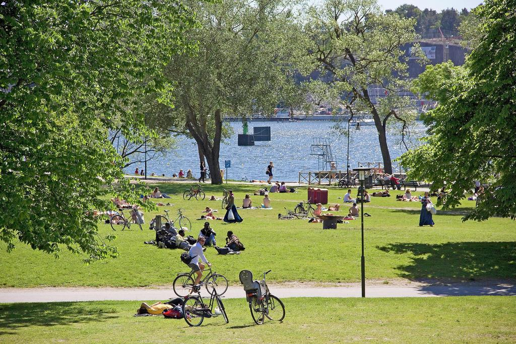 Stockholm is full of parks, many by the water