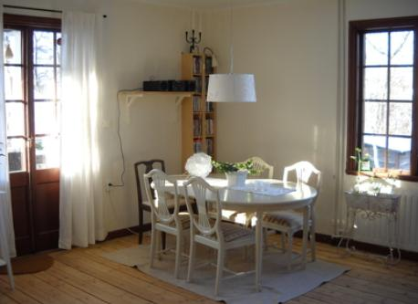 Livingroom, dining table