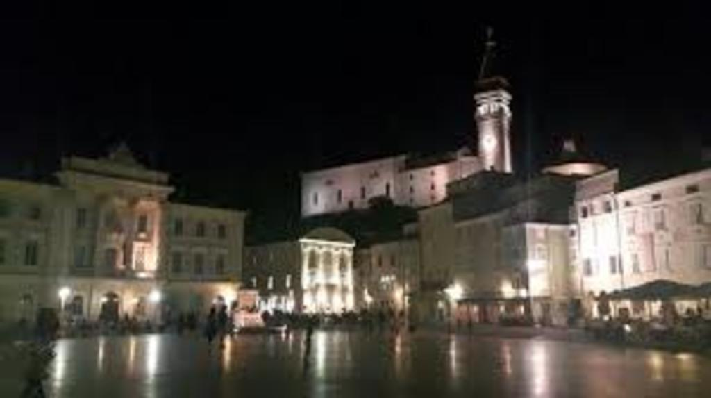 Piran - 130 km Western from Ljubljana - At night