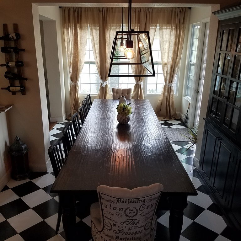 Dining room - can seat 14