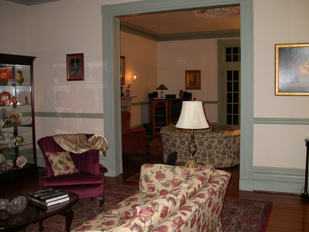 View to back drawing room