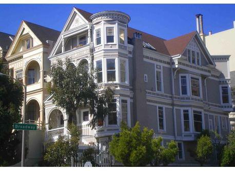 Top 3 Floors 1892 Victorian - 2415 Octavia St. SW corner Broadway