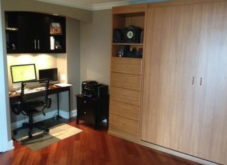 2nd Bedroom/ Office with Queen Murphy bed