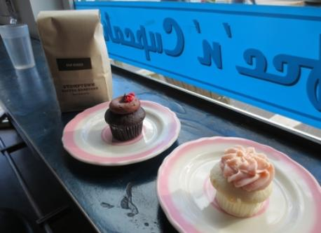 Cupcakes and Coffee--a winning combination