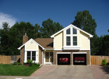 Automobile available with full North America navigation system & garage parking