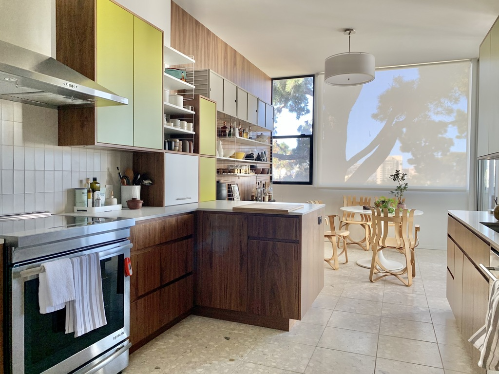 Kitchen was completely renovated in 2011, with all new appliances including range with induction cooktop.