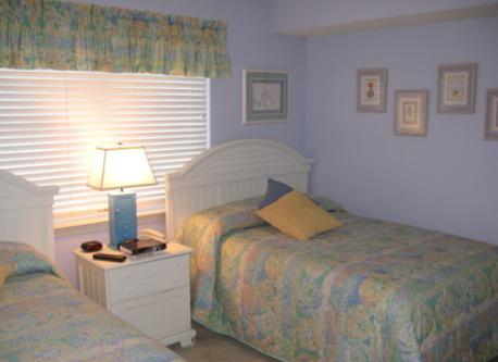 Bedroom 2 double beds