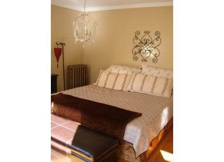 1st 3rd-floor bedroom