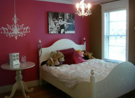 2nd 3rd-floor bedroom