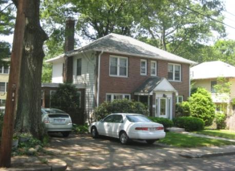 Lovely home with easy access to Boston
