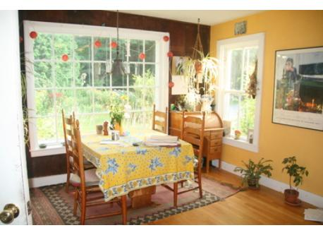Sunny breakfast area in kitchen