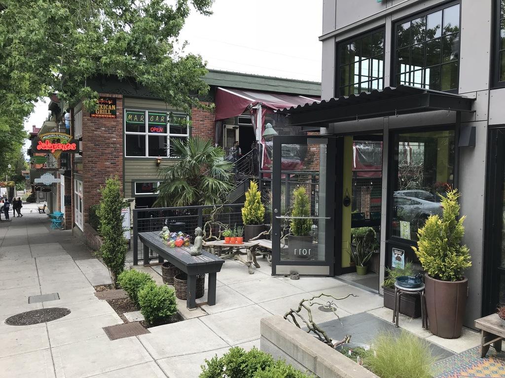 Fairhaven shops & cafes