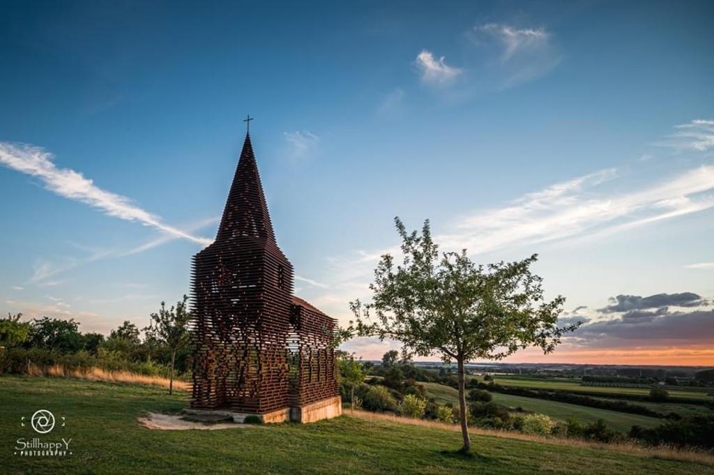 The invisible church , splendid walking area