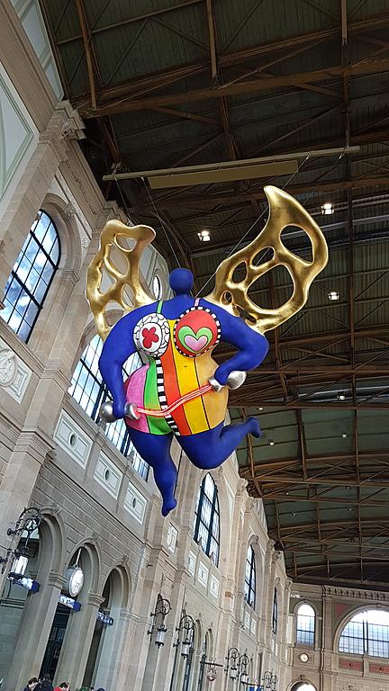 Engel (Angel) Niki de Saint Phalle, Railway Station Zurich