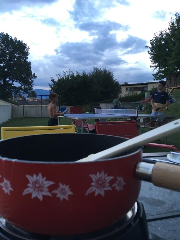 Fondue ou ping pong?