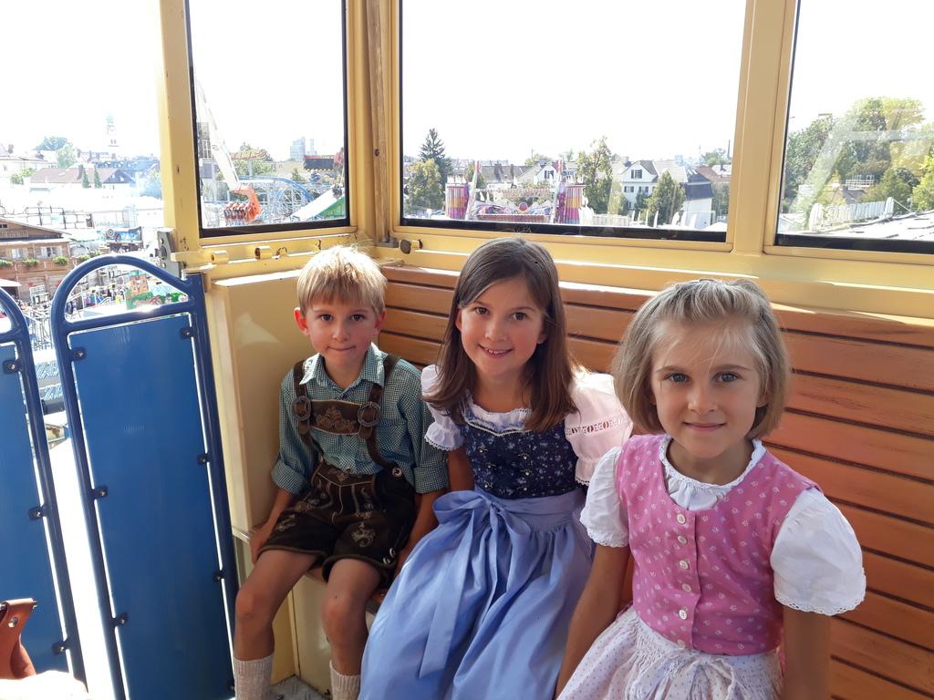 "Dressing up for the ""Herbstfest"" (Autumn fair)"