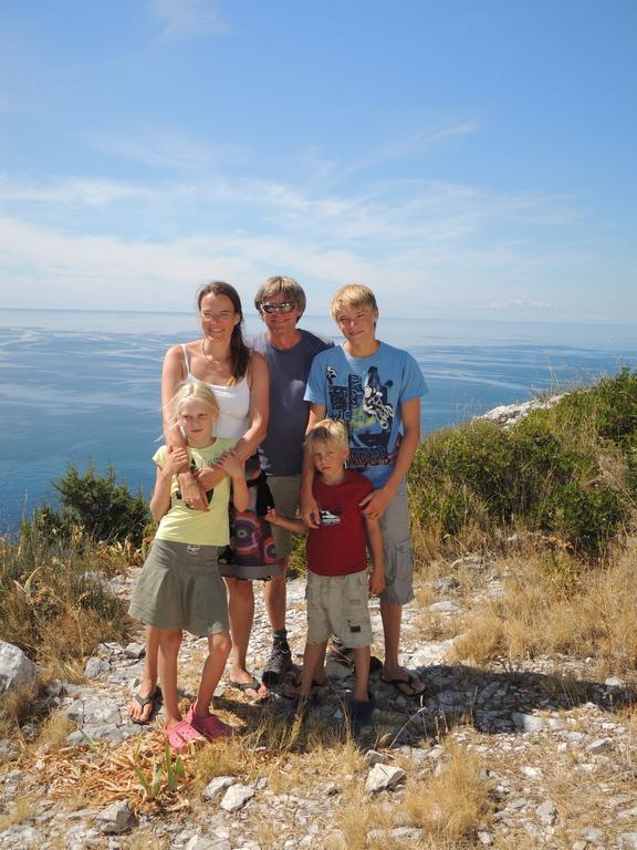 Heidi, Thomas, Bastian, Lena and Linus