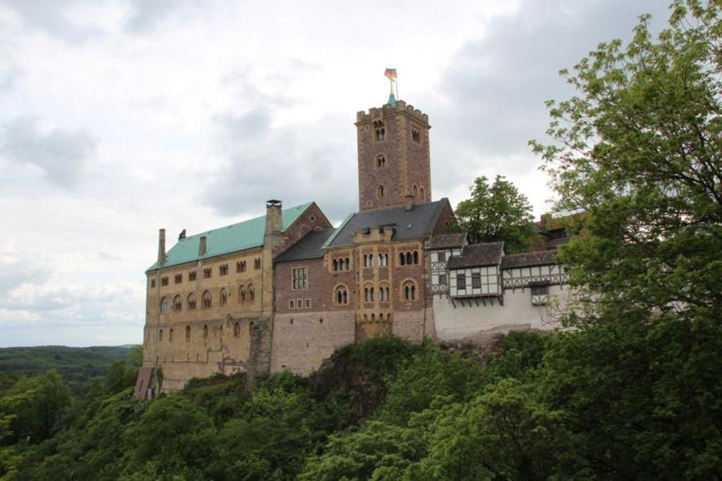 Die Wartburg / Wartburg Castle