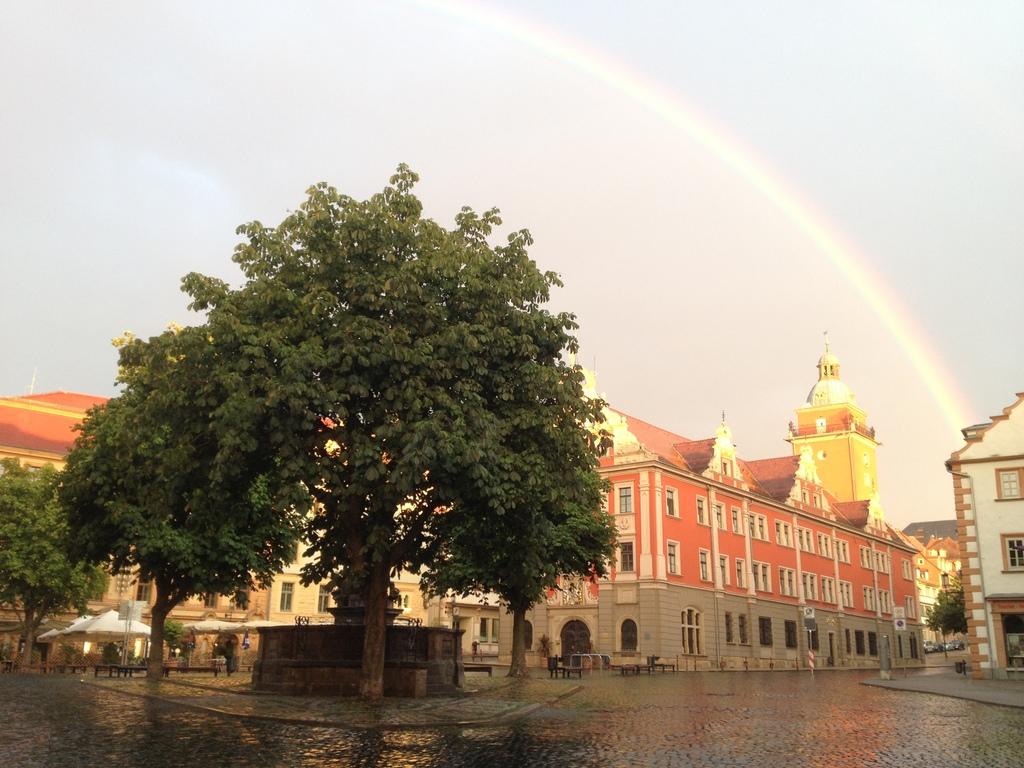 Rathaus Gotha-  etwa 10min zu Fuß von uns entfernt/ Cityhall of Gotha - 10min walk from our home