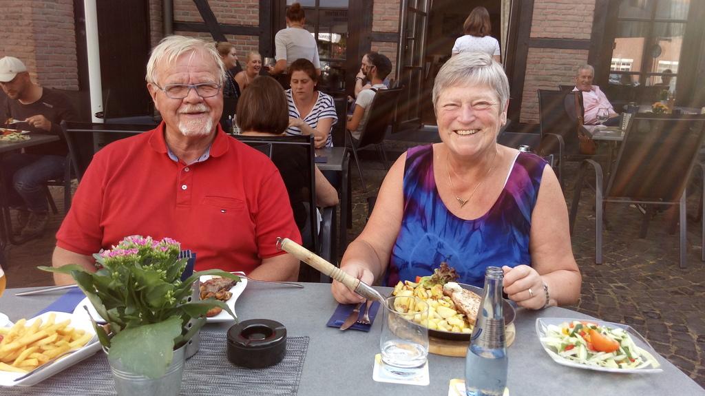Ernst and Anna