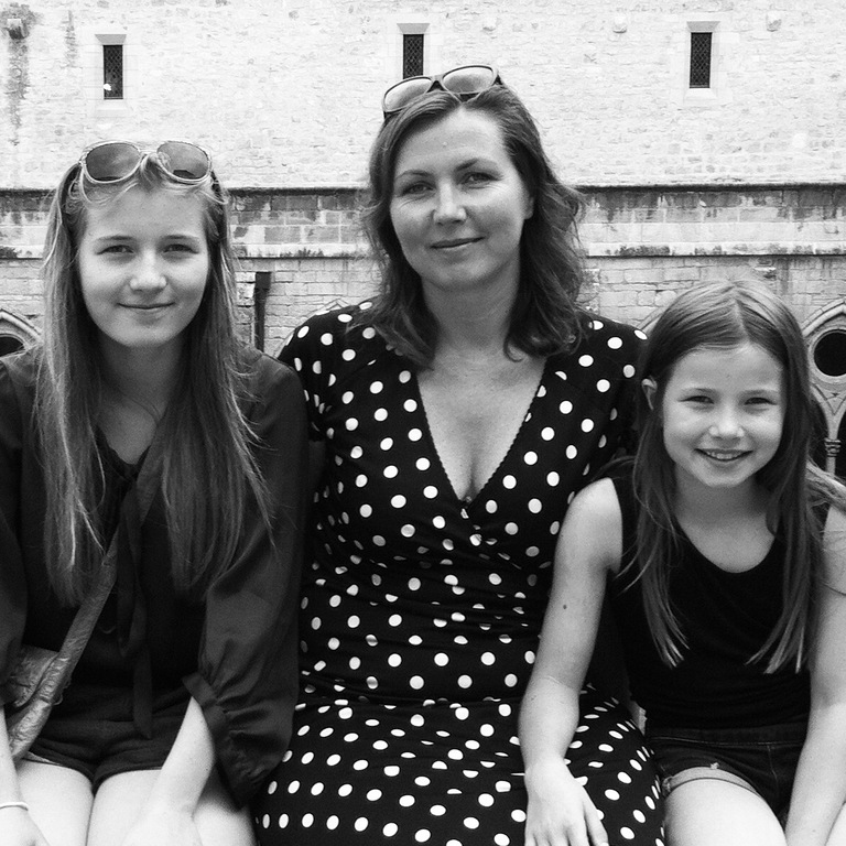 Julie, Anna & Rose