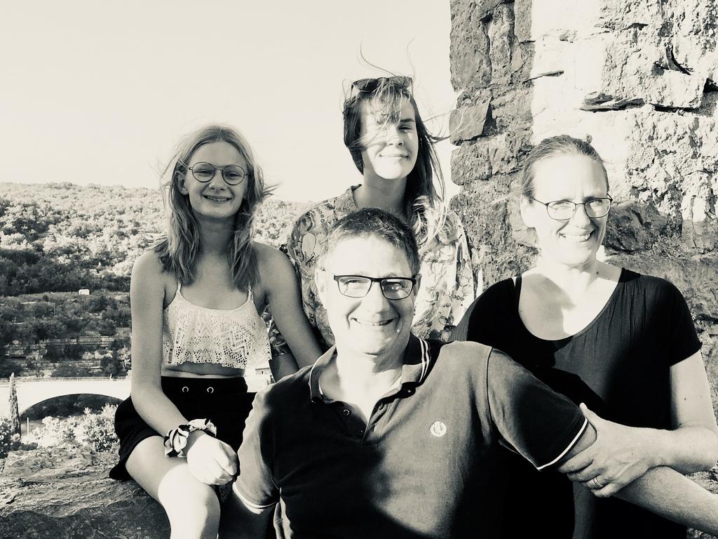 Freya, Joost, Hannah, Karin (France 2018)