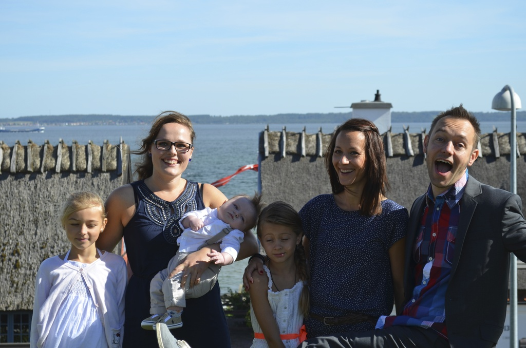 Our lovely family, with baby Arthur´s godmother :)