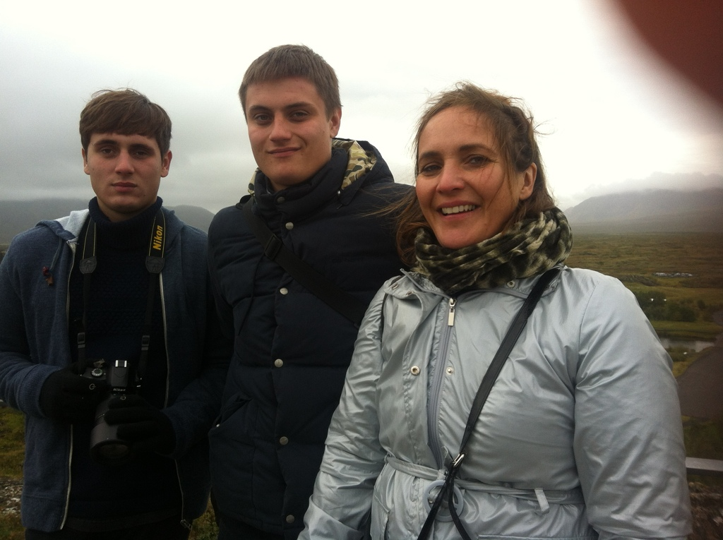 Sebastian, Jonathan og Maria på Island, september 2014