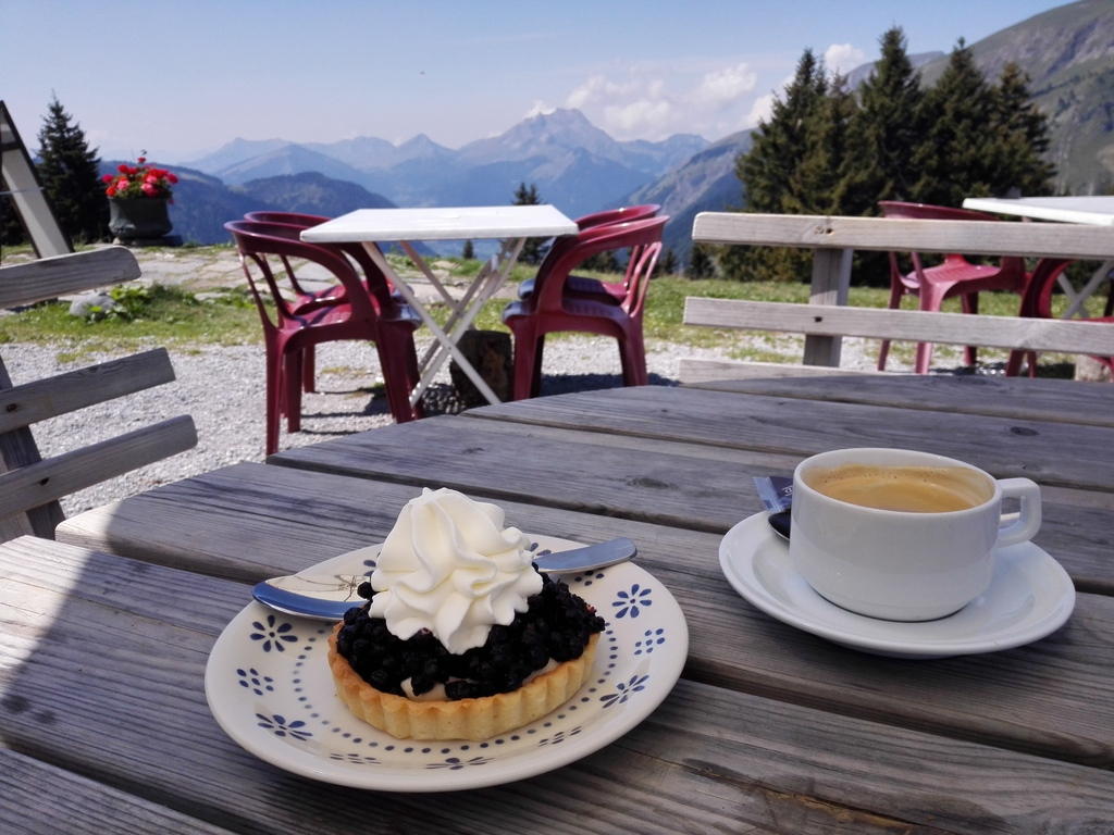 Favorite pastimes: cakebreak from hiking in Avoriaz, France.