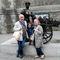 con nuestra nieta en Dublín