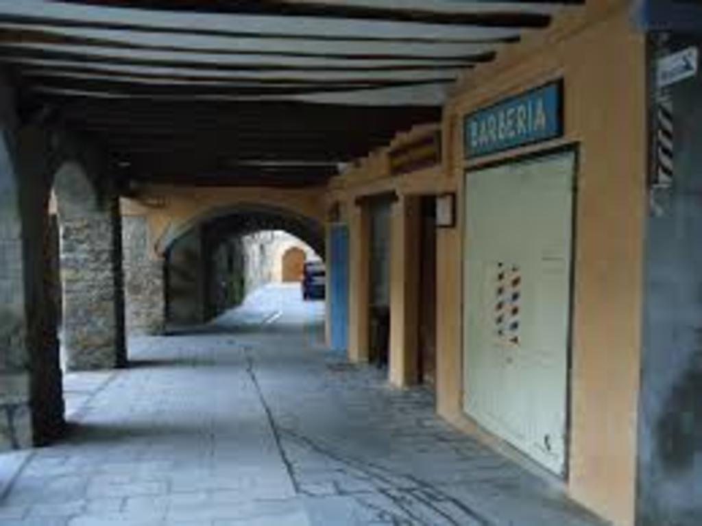 Museum stores in Plaça del Mercat
