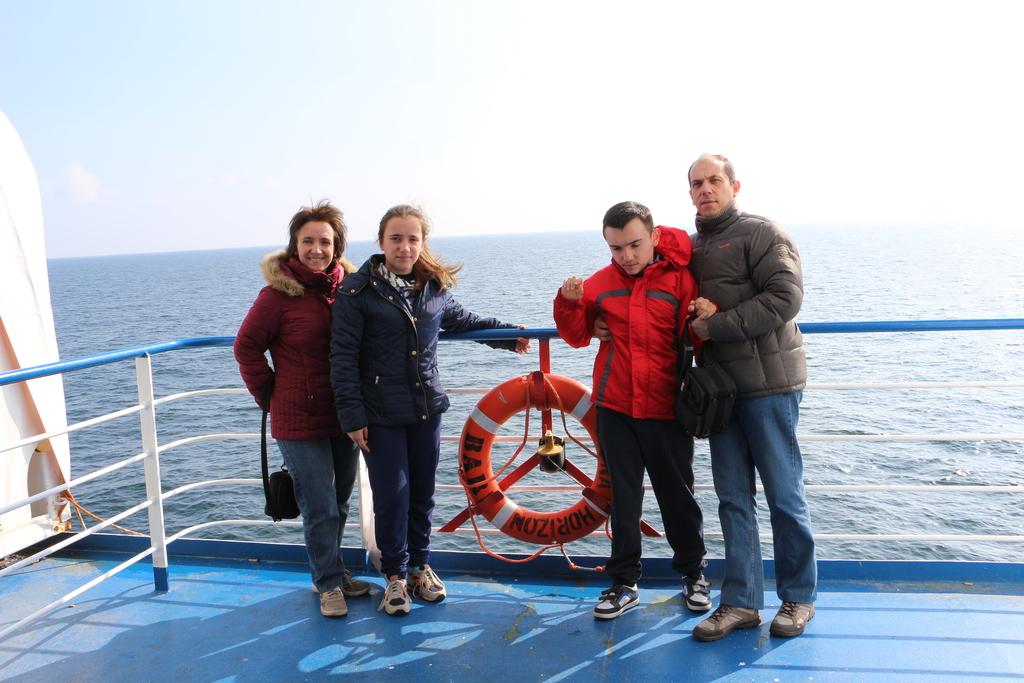 Flore,Samantha,Tony and Christophe-   Ireland - 2016