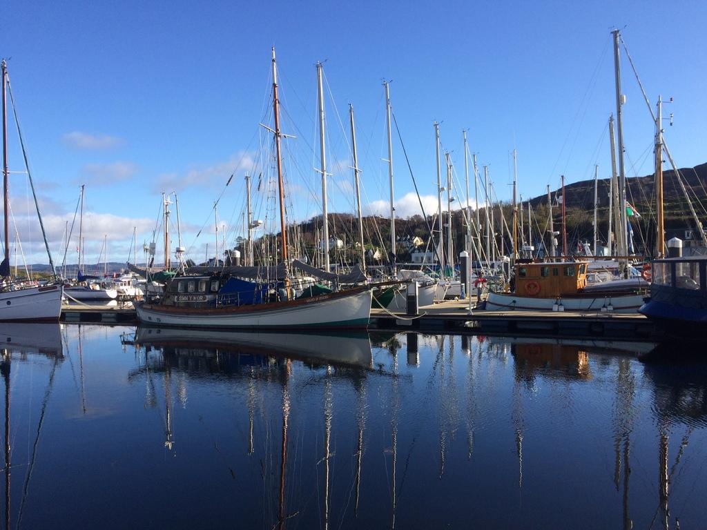 Tarbert Harbour - November 2017