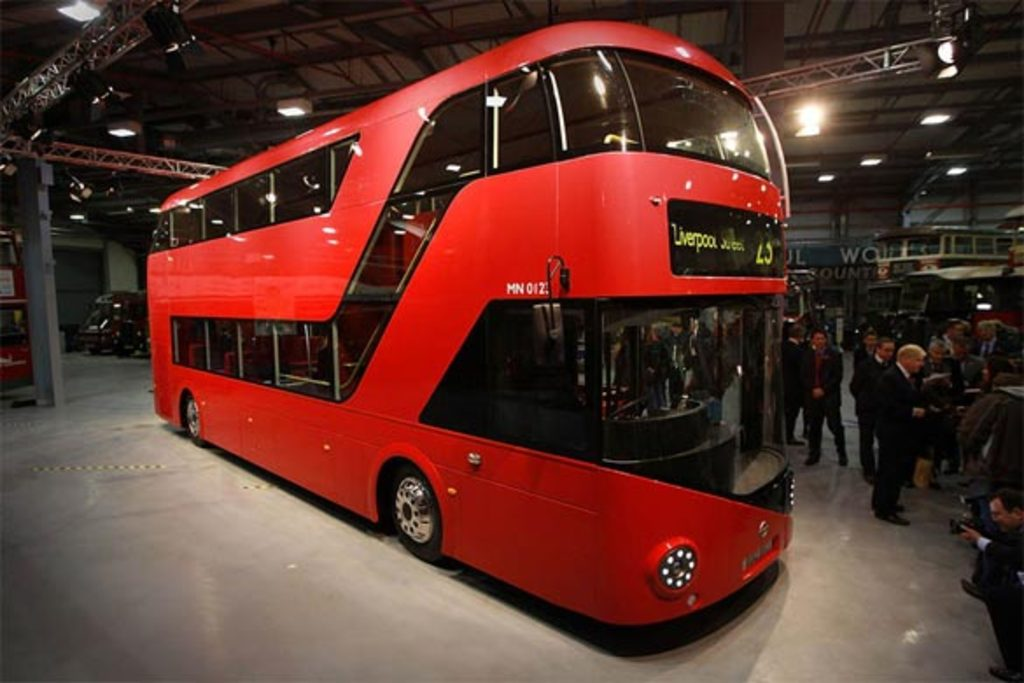 Our local bus the 390 is the new routemaster designed by Thomas Heatherwick. It starts in in Archway and goes through Kings C...