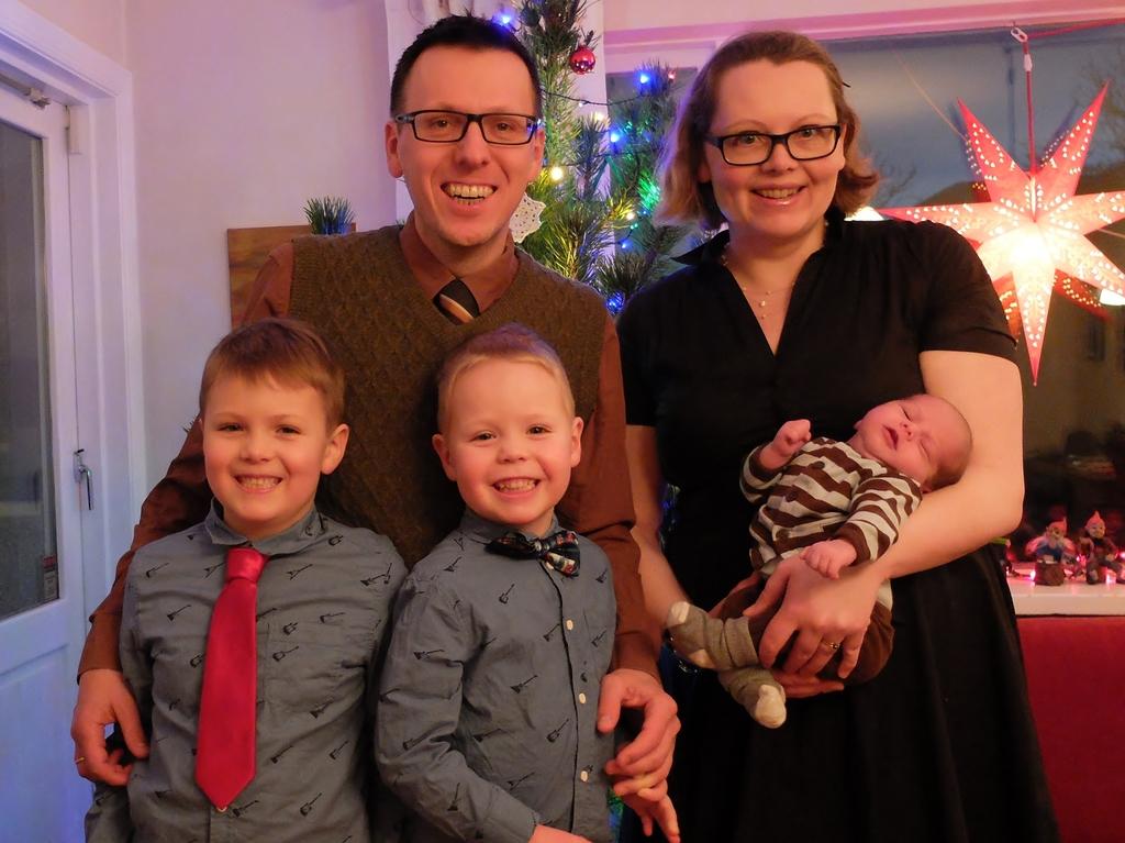Róbert, Stefán, Tómas, Margrét and baby Símon