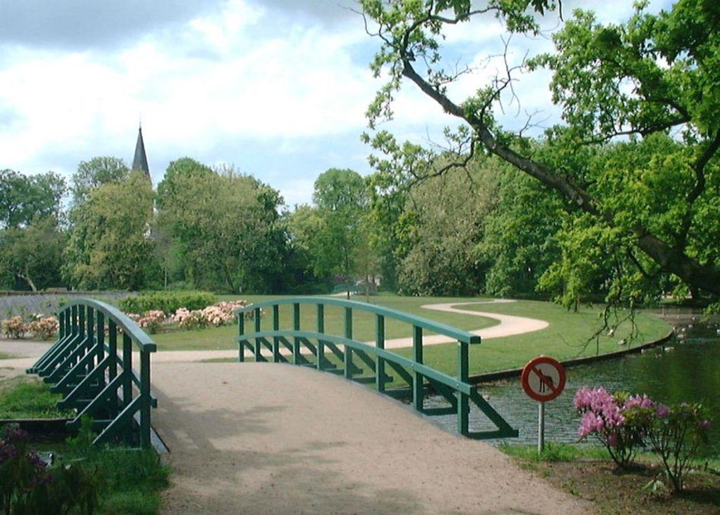 Rusthoff Parc Sassenheim with animalfarm and restaurant