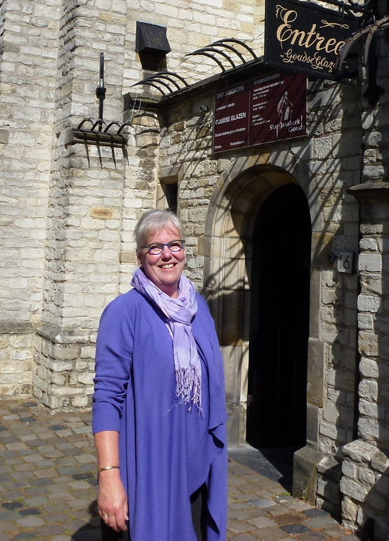We like to visit musea, churches and old towns