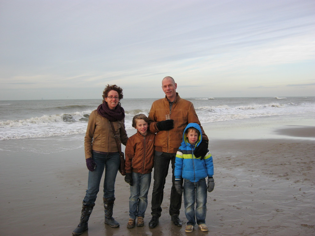 Visited the North sea in januari...brr.. COLD!