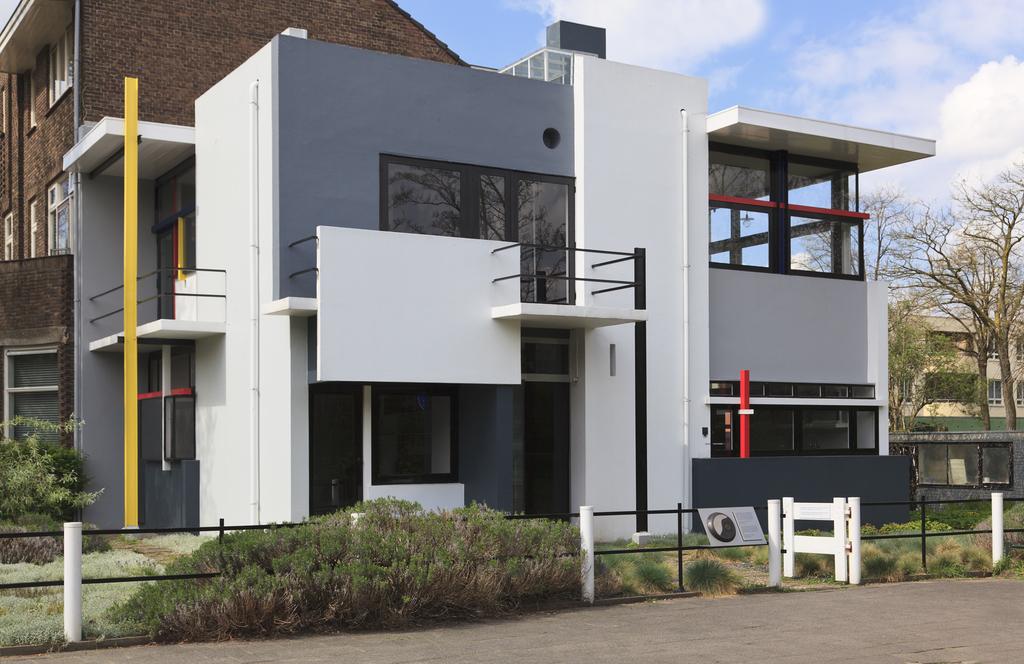 Rietveld-Schröder house - 15 min by bike