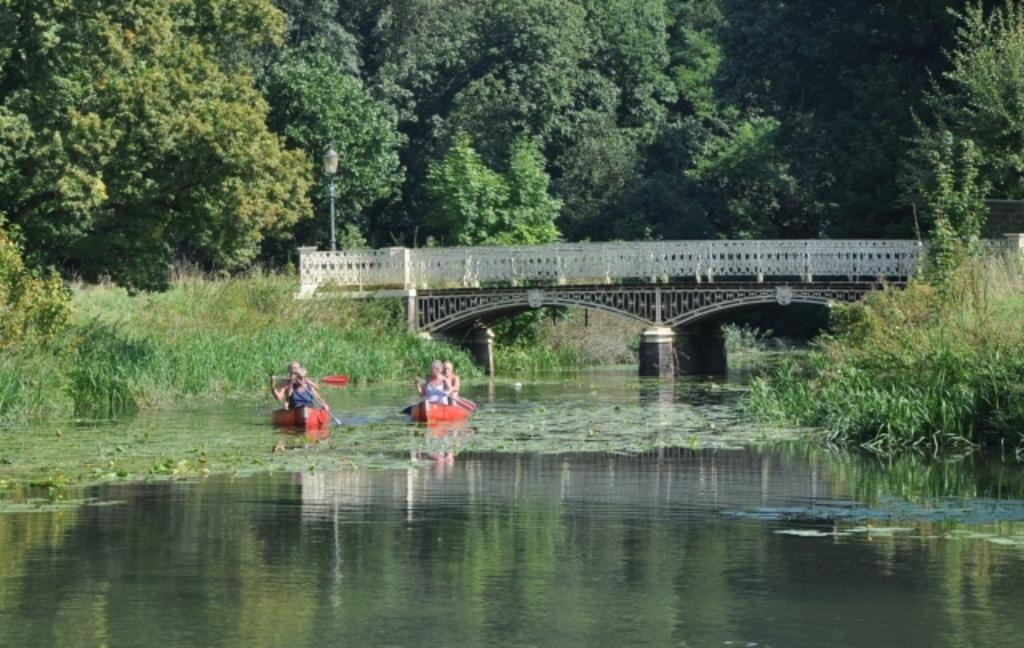 """Canoe trip on the river """"Kromme Rijn"""" - 15 min bike or car"""