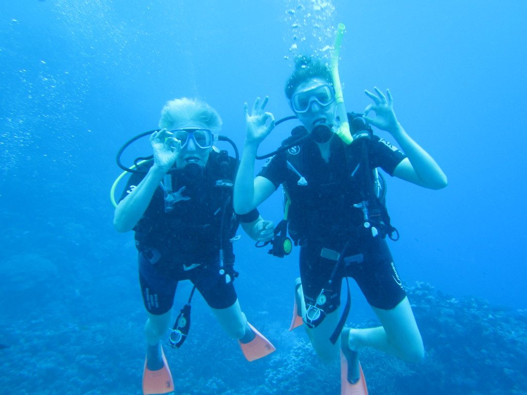 Robyn with daughter Kate's first dive on the Great Barrier Reef.