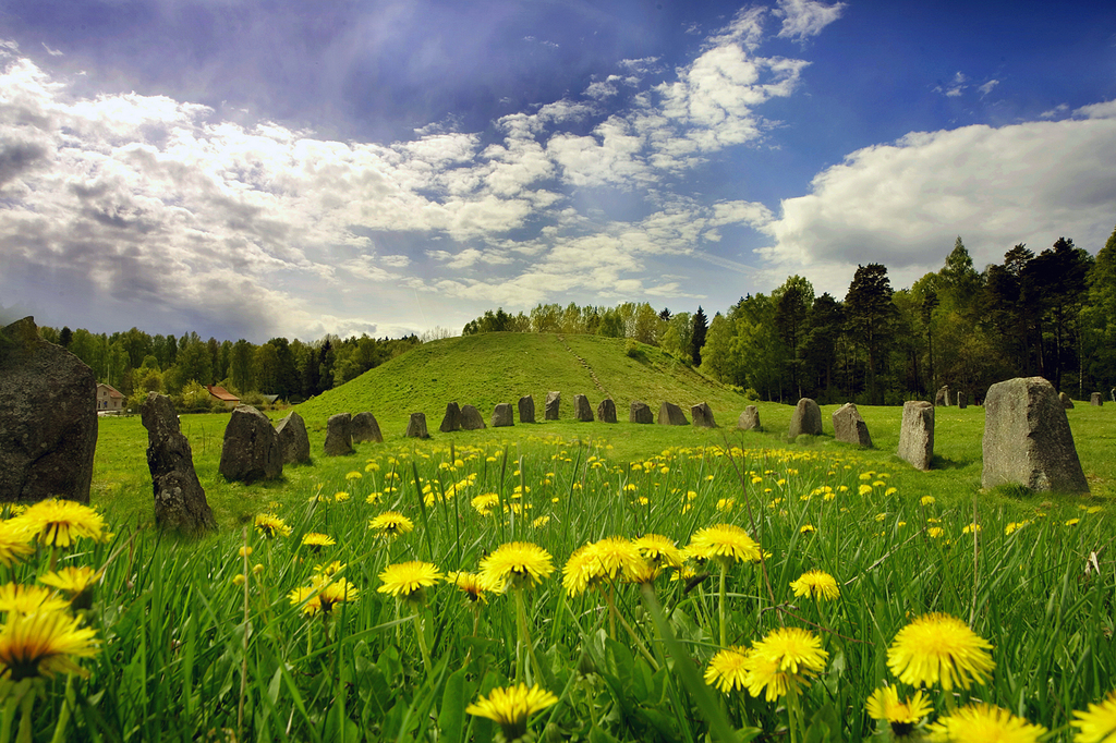 Anundshög is Sweden's largest burial mound. It dates from the 6th to 8th century.