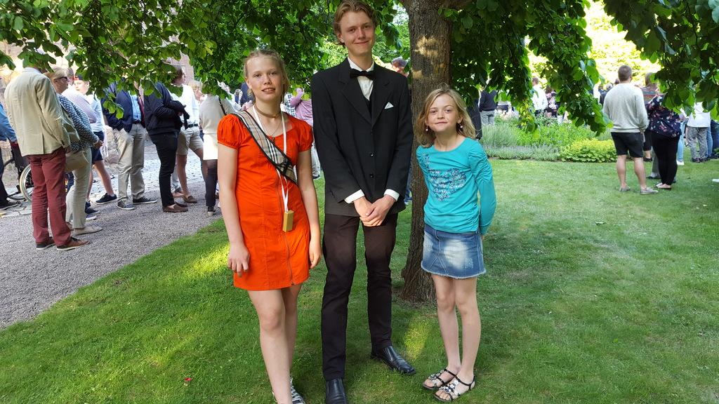 Agnes, Anton and Alva