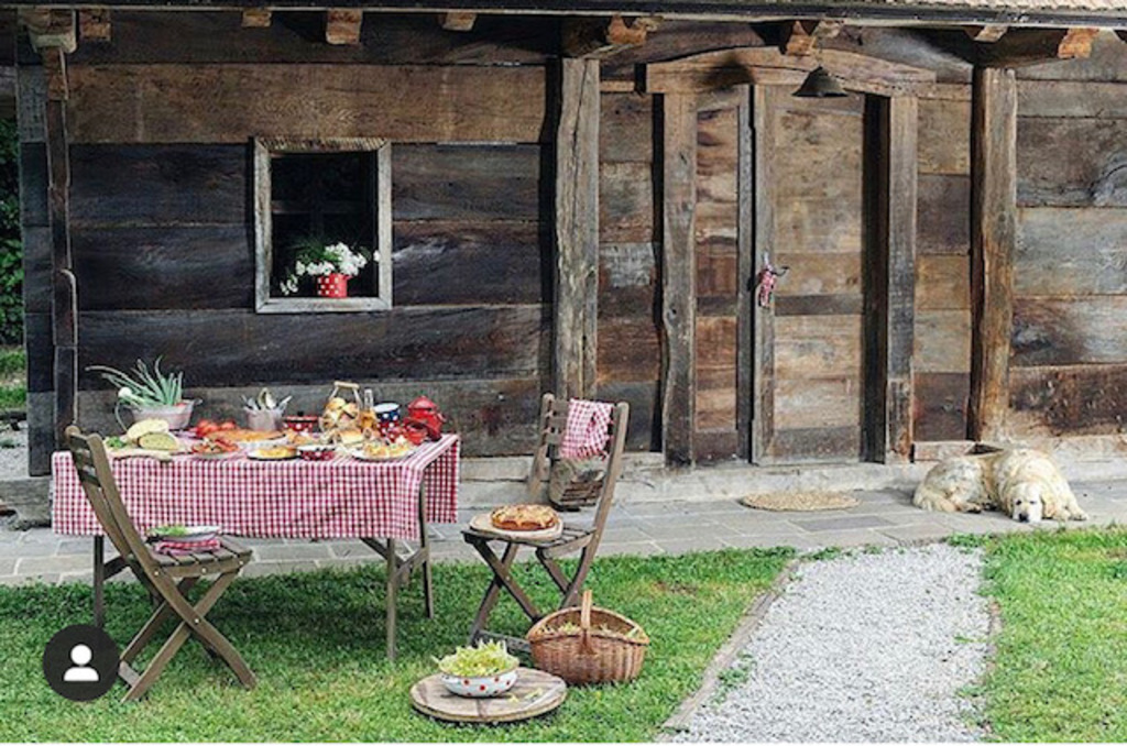 I love excellent domestic food and beautiful house for rent - Šeruga Tourist Farm (55 min driving from my home)