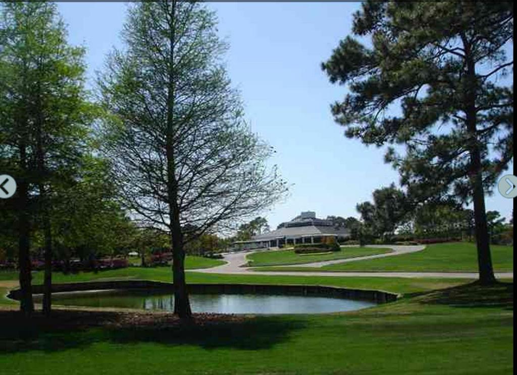 River Club Golf Course Club House